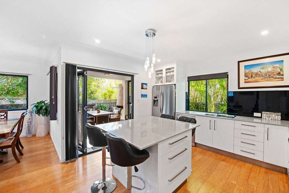 Fourth view of Homely semiDetached listing, 2/21 Clinton Avenue, Burleigh Waters QLD 4220