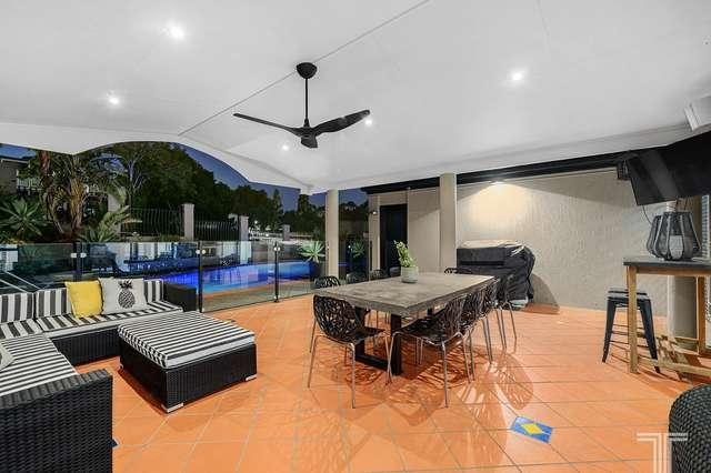 12 Woodland Street, Carindale QLD 4152