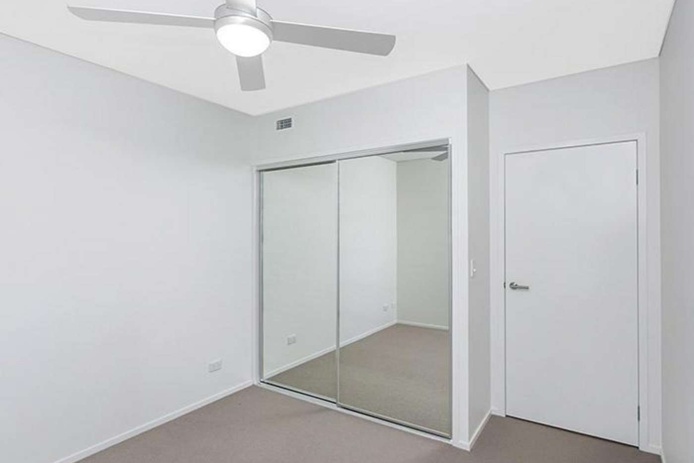 Sixth view of Homely unit listing, 24/40 Carl Street, Woolloongabba QLD 4102