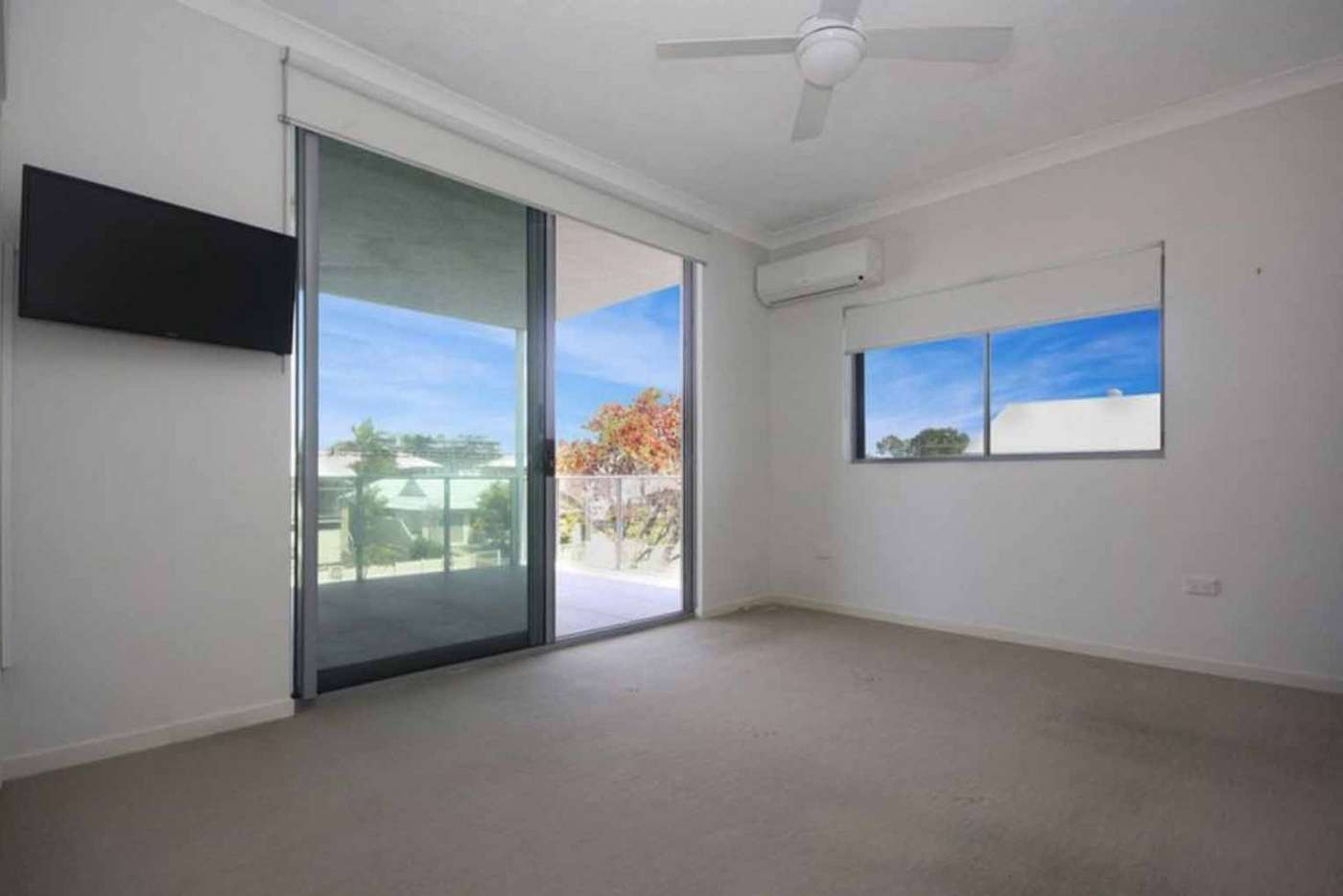 Sixth view of Homely apartment listing, 8/2 Beaconsfield Street, Margate Beach QLD 4019