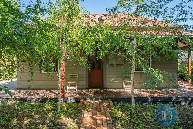 9 The Parade, Mansfield VIC 3722