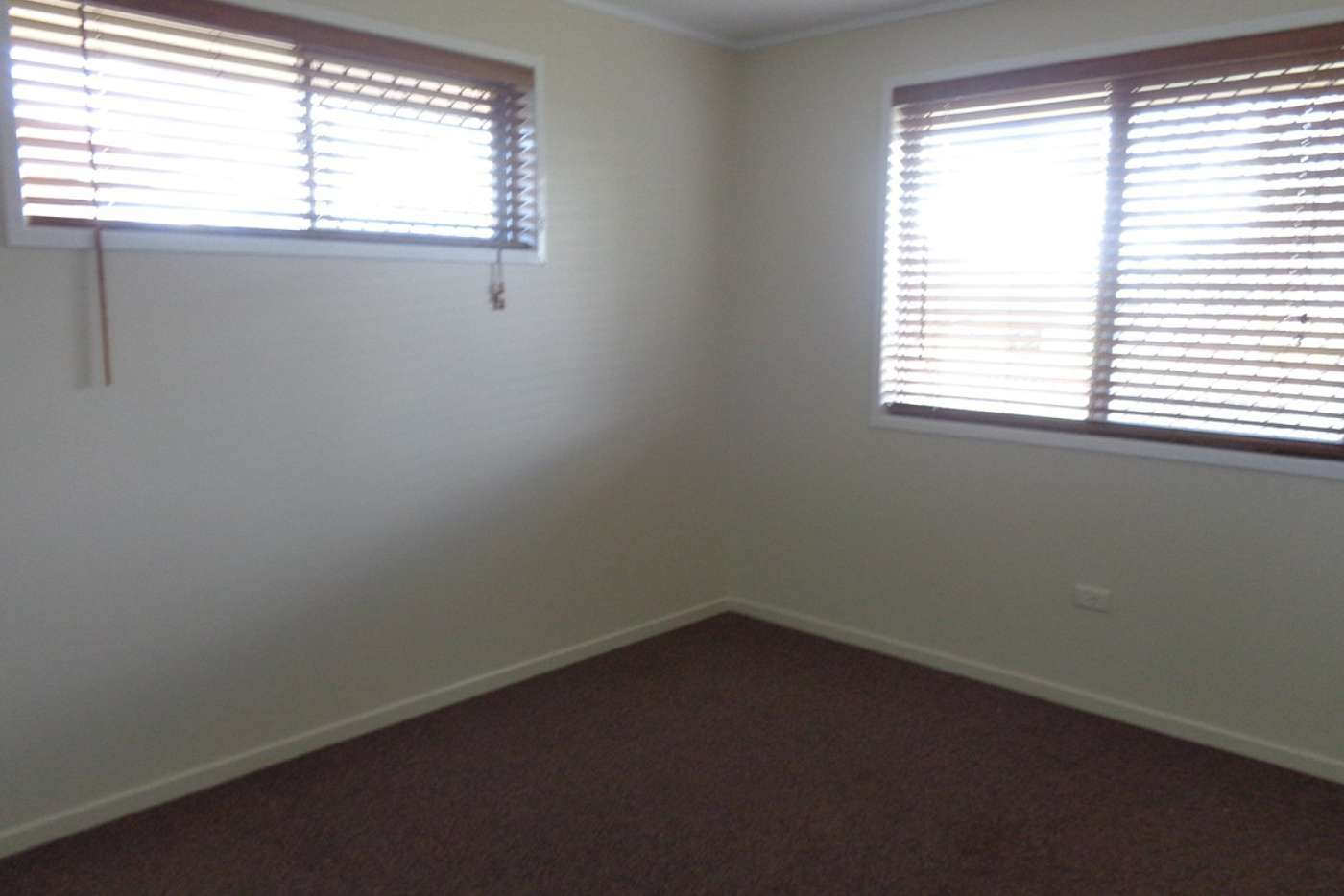 Sixth view of Homely semiDetached listing, 1/503 Stenner Street, Harristown QLD 4350