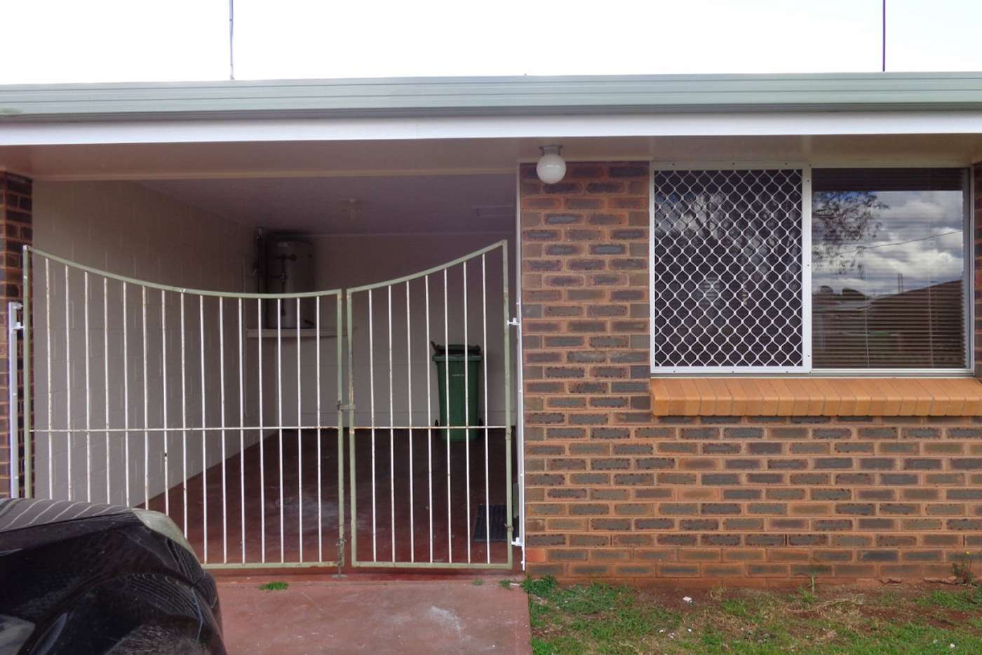 Seventh view of Homely semiDetached listing, 1/503 Stenner Street, Harristown QLD 4350