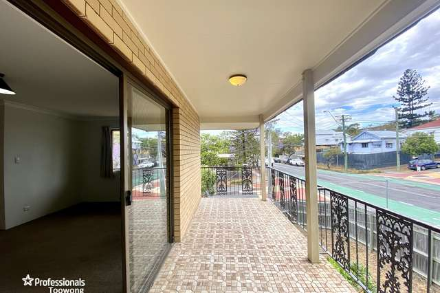 4/17 St Osyth Street, Toowong QLD 4066