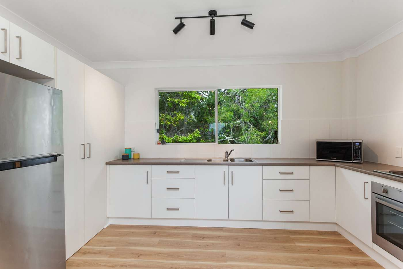 Fifth view of Homely unit listing, 5/141 George Street West, Burleigh Heads QLD 4220