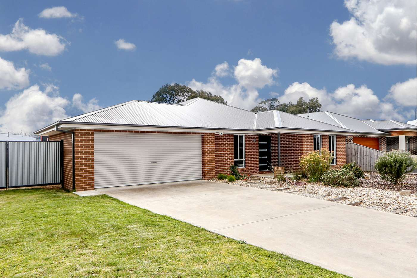 Main view of Homely house listing, 6 Camellia Close, Sale VIC 3850