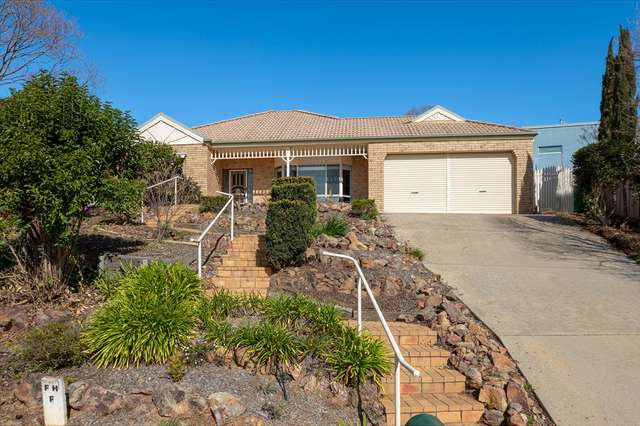 15 Orchard Way, Lavington NSW 2641