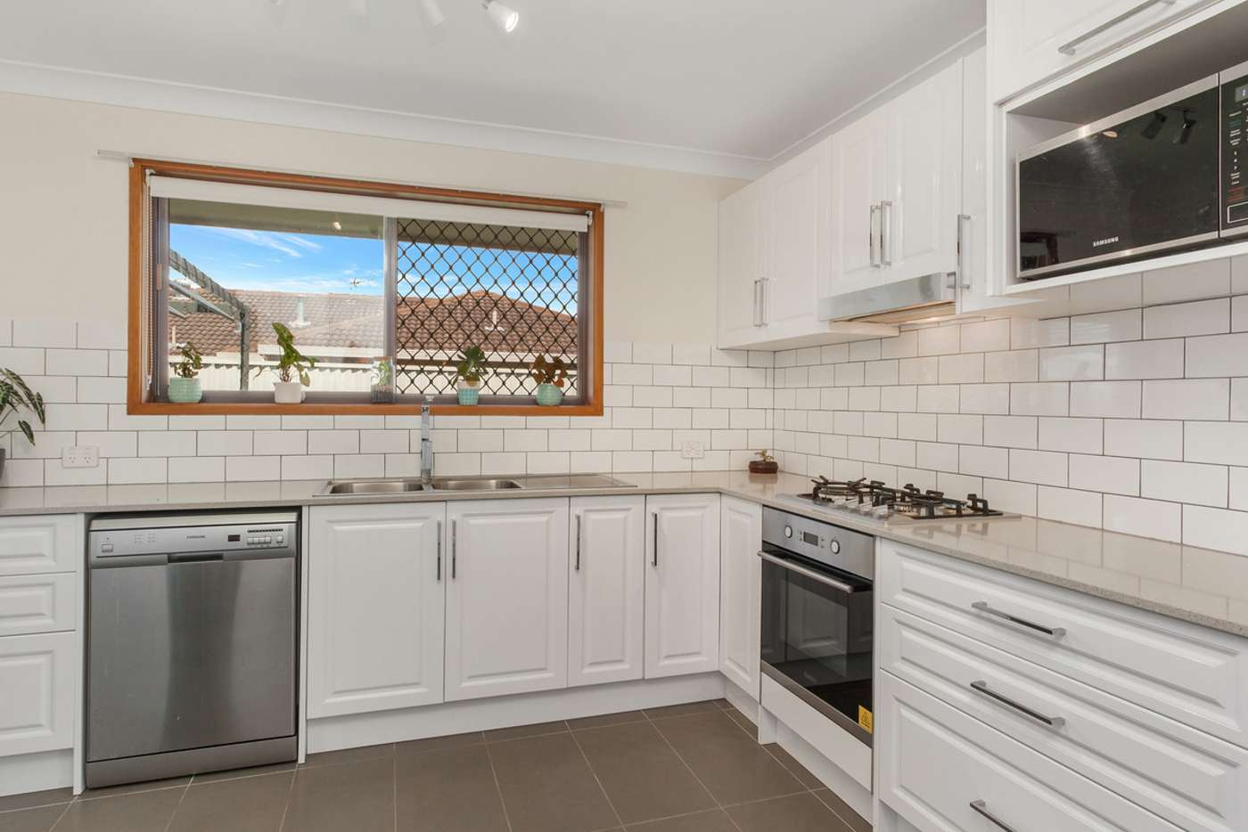 Fifth view of Homely semiDetached listing, 1/3 Greenleaf Close, Burleigh Waters QLD 4220