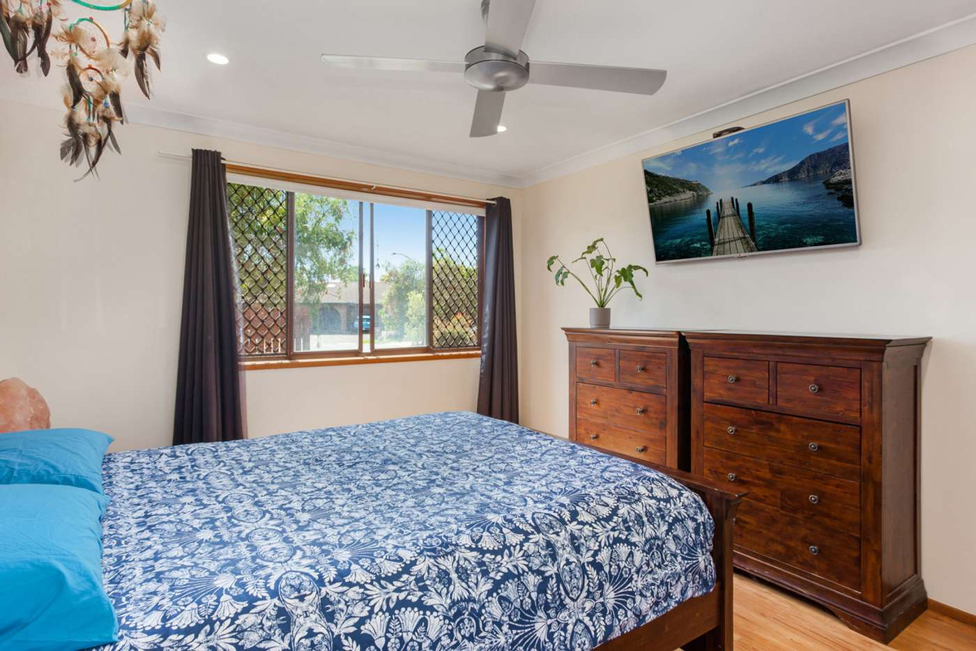 Sixth view of Homely semiDetached listing, 1/3 Greenleaf Close, Burleigh Waters QLD 4220