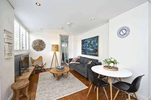 15/21 East Crescent Street, Mcmahons Point NSW 2060