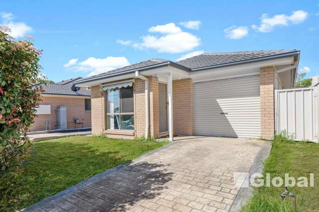 5/3 Lovell Parade, Shortland NSW 2307