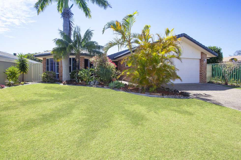 Second view of Homely house listing, 35 Manakin Avenue, Burleigh Waters QLD 4220