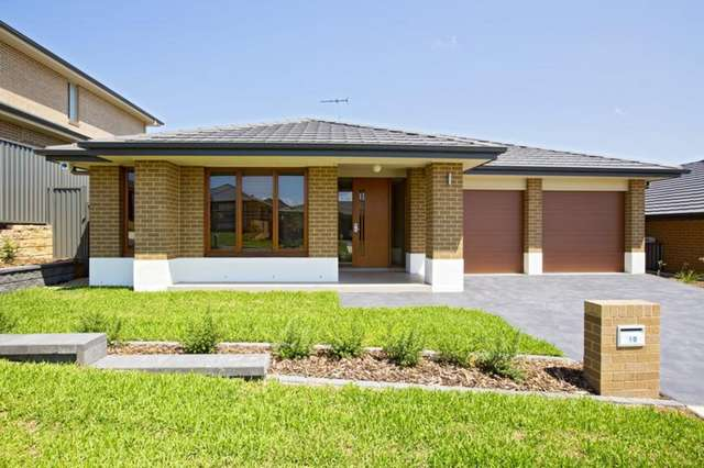 10 Domus Street, Glenmore Park NSW 2745
