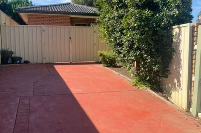 18b Dungara Crescent, Glenmore Park NSW 2745