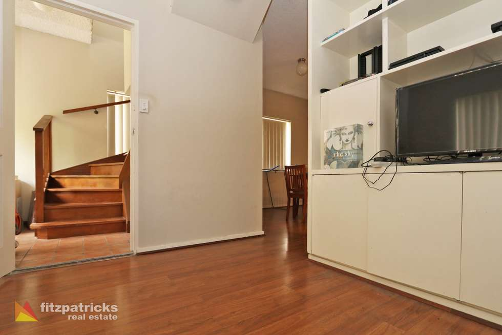 Third view of Homely unit listing, 1/49 Simmons Street, Wagga Wagga NSW 2650
