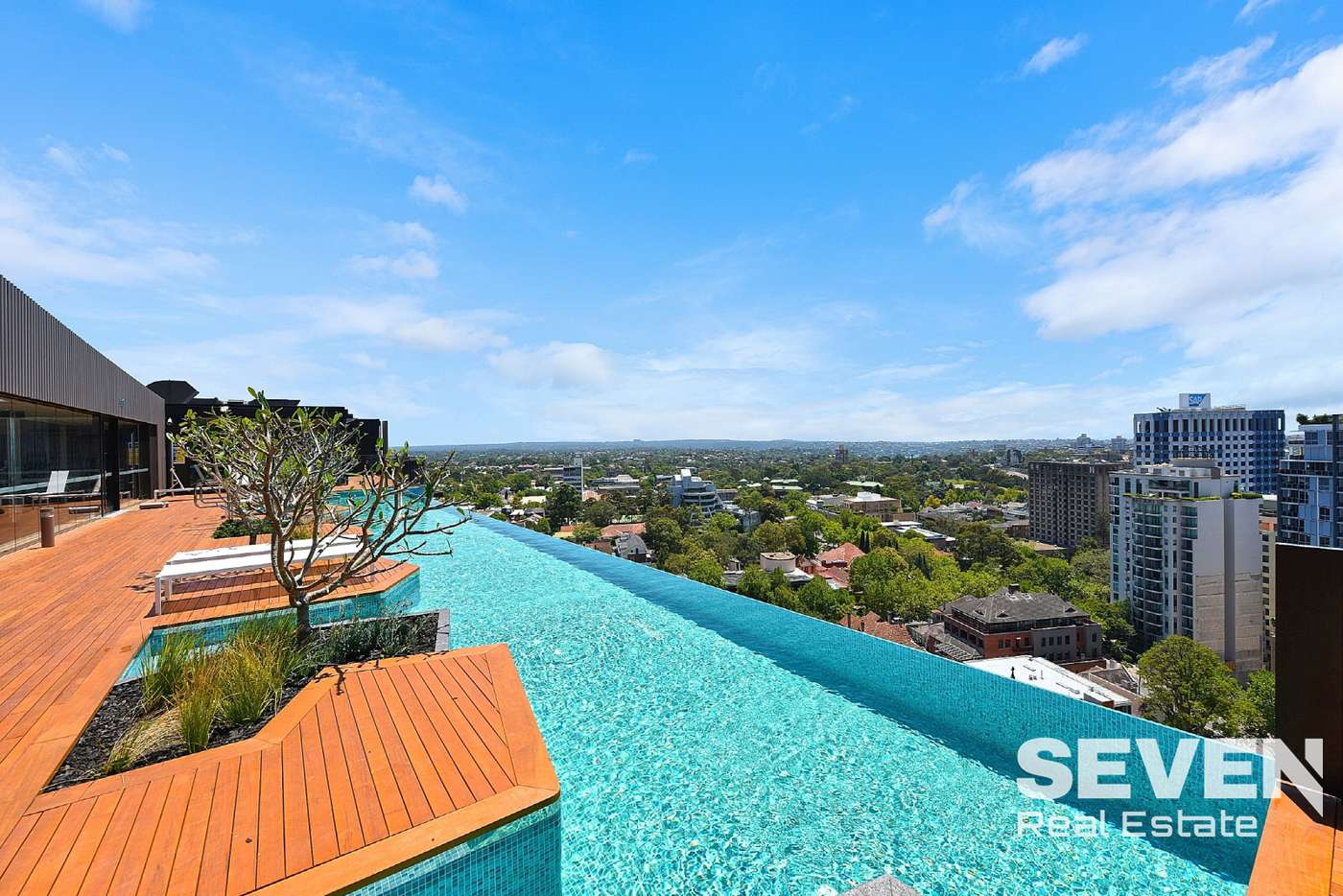 Main view of Homely apartment listing, 1812/211 - 223 Pacific Highway, North Sydney NSW 2060