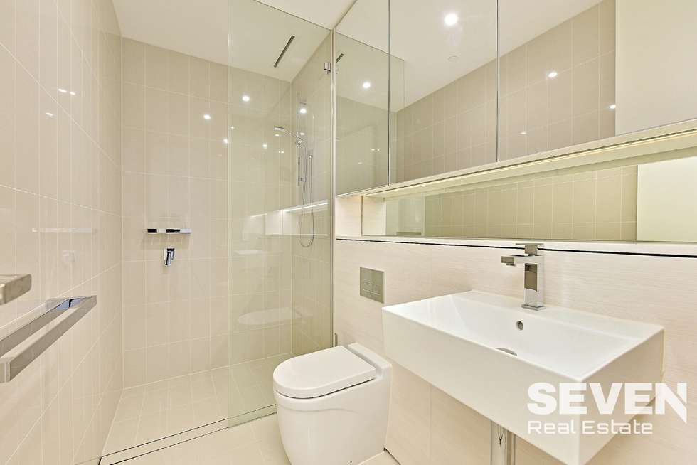 Fourth view of Homely apartment listing, 1812/211 - 223 Pacific Highway, North Sydney NSW 2060