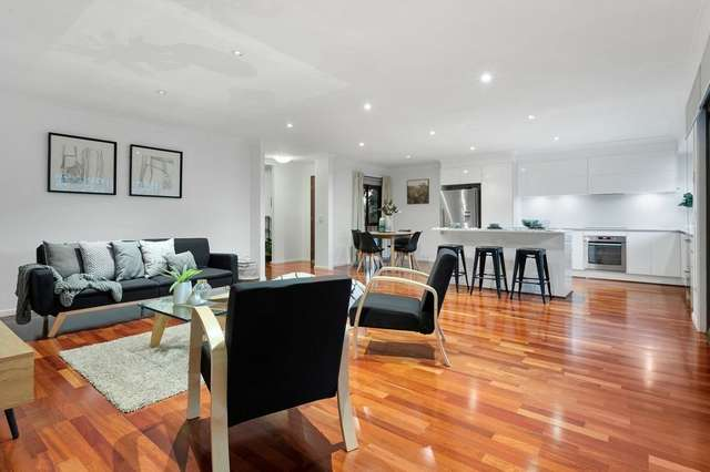 144 Cadogan Street, Carindale QLD 4152