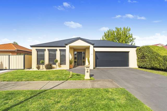 16 Pelican Court, Sale VIC 3850