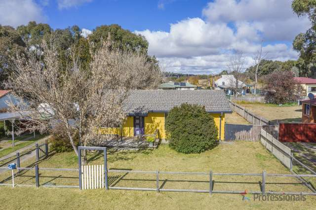 4 Bailey Crescent, Armidale NSW 2350