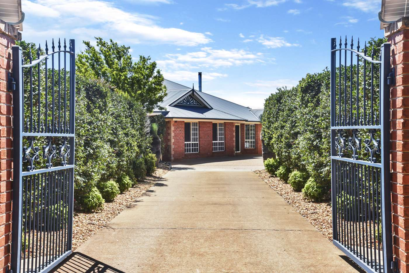 Main view of Homely house listing, 10 Manooka Crescent, Highfields QLD 4352