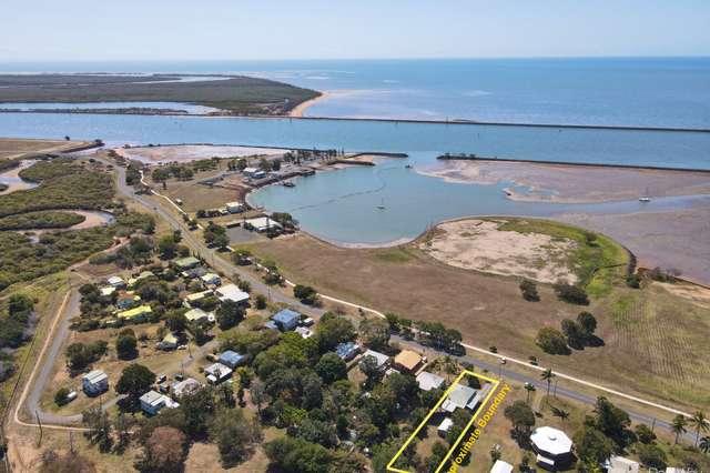 20 Harbour Esplanande, Burnett Heads QLD 4670