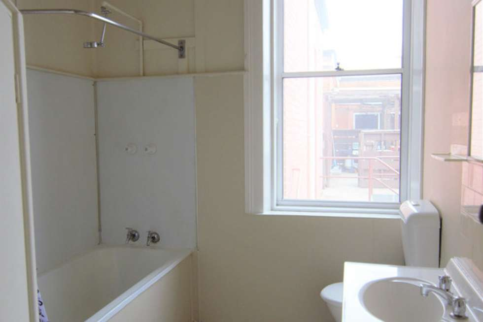 Fifth view of Homely apartment listing, 2/55 William Street, Bathurst NSW 2795