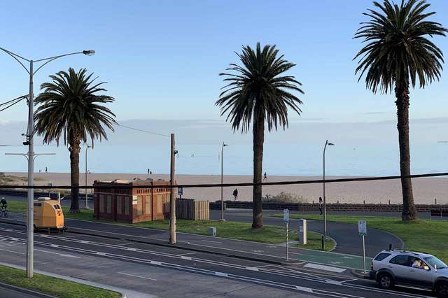 203/88 Beach Street, Port Melbourne VIC 3207