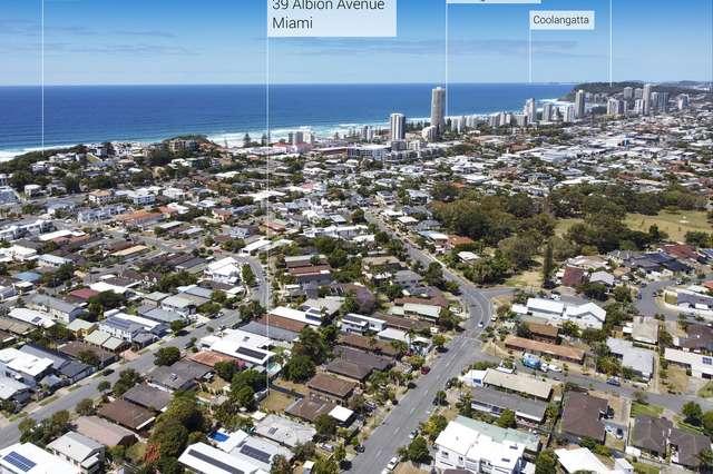 39 Albion Avenue, Miami QLD 4220