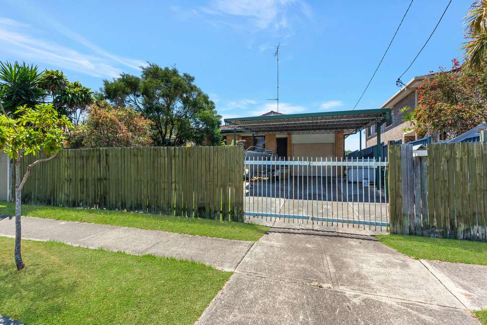 Second view of Homely house listing, 39 Albion Avenue, Miami QLD 4220