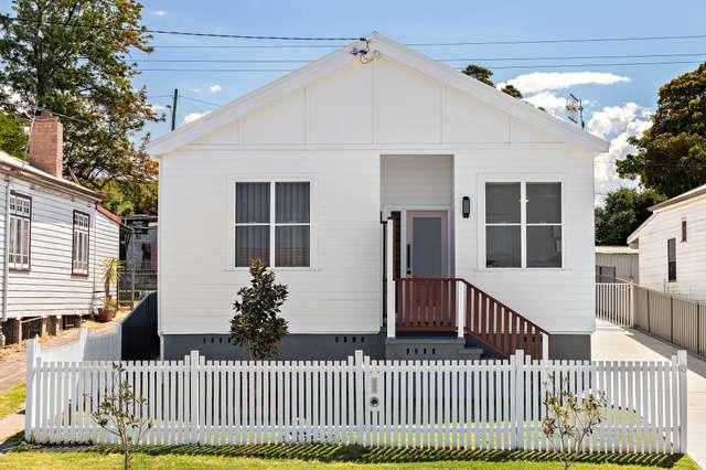 8 Bailey Street, Adamstown NSW 2289