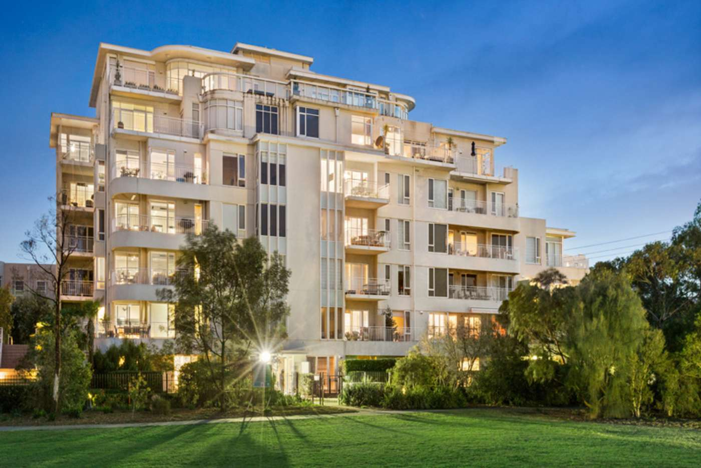 Main view of Homely apartment listing, 33/8 Graham Street, Port Melbourne VIC 3207