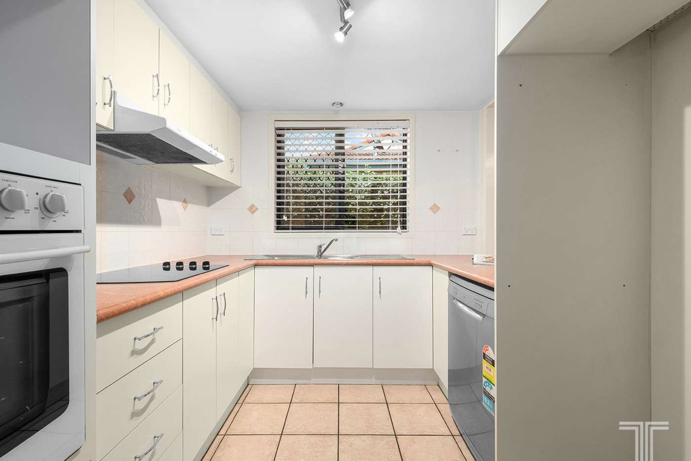 Sixth view of Homely townhouse listing, 2/139 Jones Road, Carina Heights QLD 4152