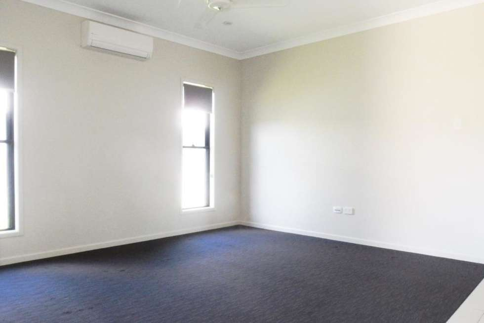 Second view of Homely house listing, 32 Elford Place, Mount Louisa QLD 4814
