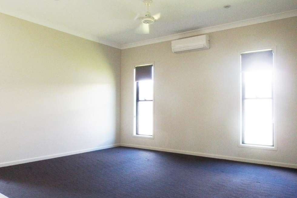 Third view of Homely house listing, 32 Elford Place, Mount Louisa QLD 4814