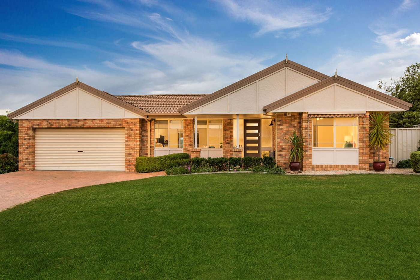 Main view of Homely house listing, 4 Falcon Circuit, Wodonga VIC 3690