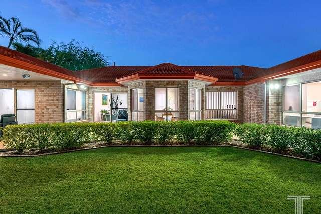 31 Newbury Place, Carindale QLD 4152