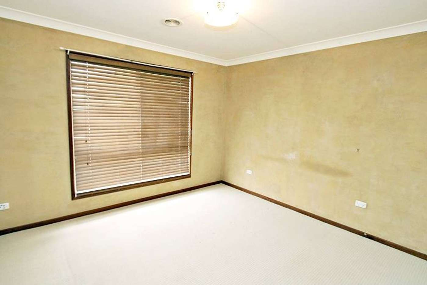 Seventh view of Homely house listing, 28 Langi Crescent, Glenfield Park NSW 2650
