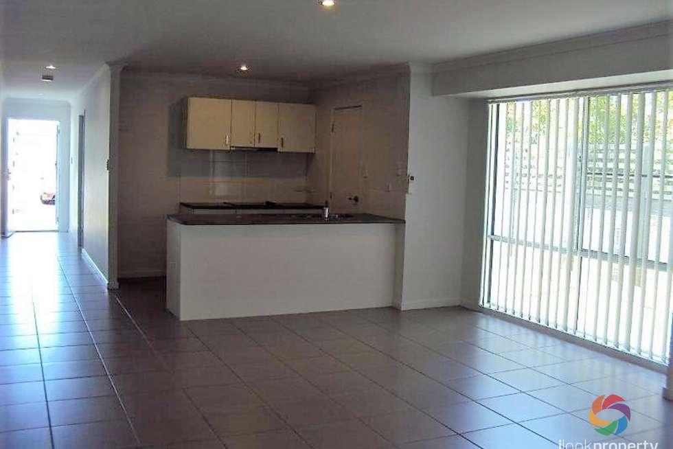 Fifth view of Homely house listing, 10 Banyandah Close, Birtinya QLD 4575