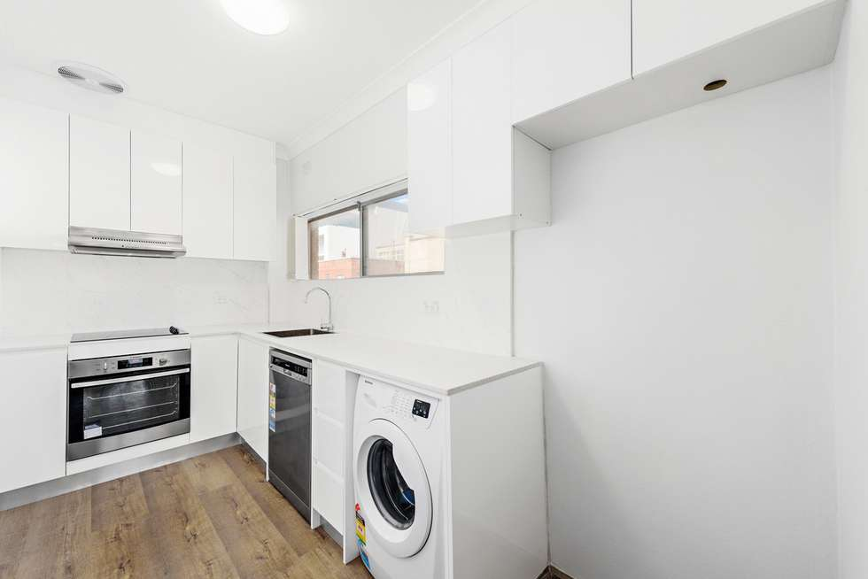 Third view of Homely apartment listing, 3/144 Curlewis Street, Bondi Beach NSW 2026