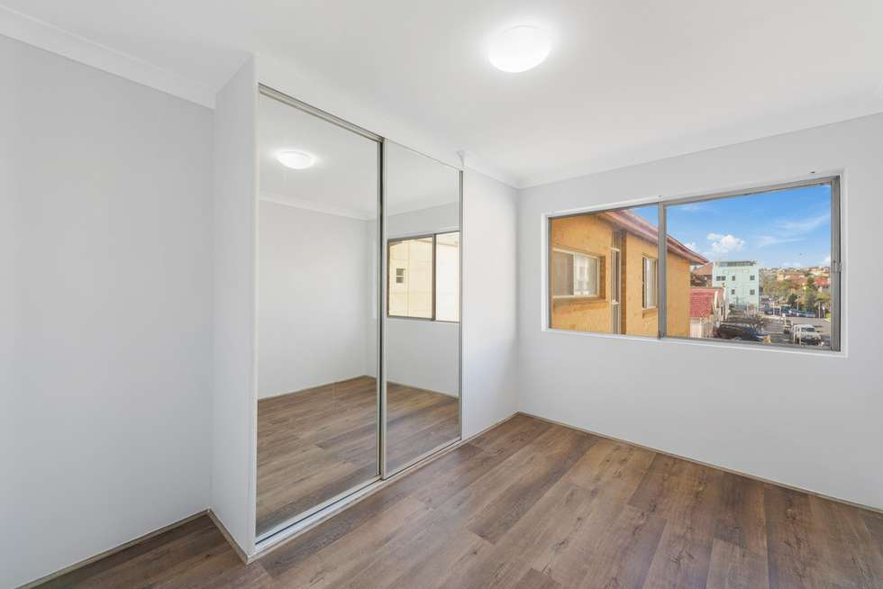 Fourth view of Homely apartment listing, 3/144 Curlewis Street, Bondi Beach NSW 2026