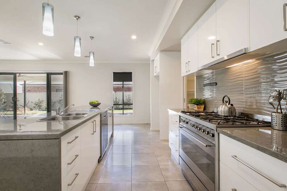 Third view of Homely house listing, 7 Derrick Street, Wodonga VIC 3690