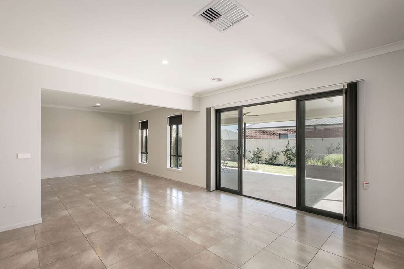 Fifth view of Homely house listing, 7 Derrick Street, Wodonga VIC 3690