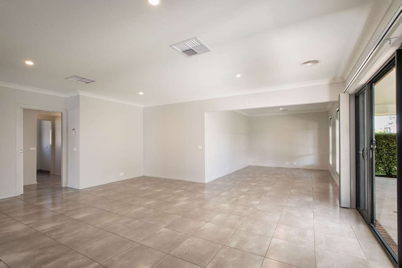 Sixth view of Homely house listing, 7 Derrick Street, Wodonga VIC 3690