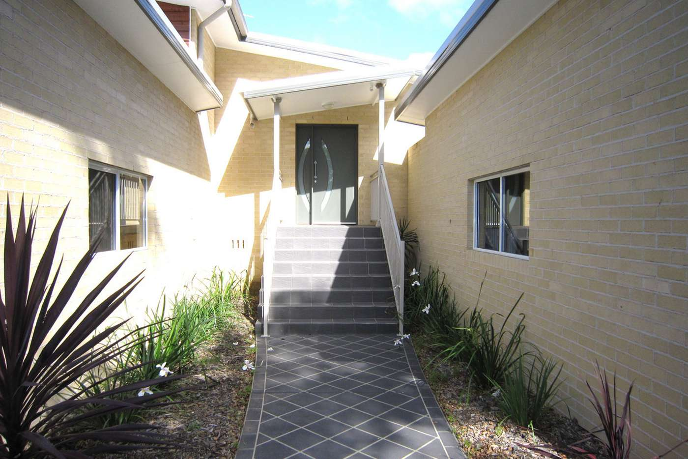 Main view of Homely villa listing, 1/64 Villiers Street, Grafton NSW 2460