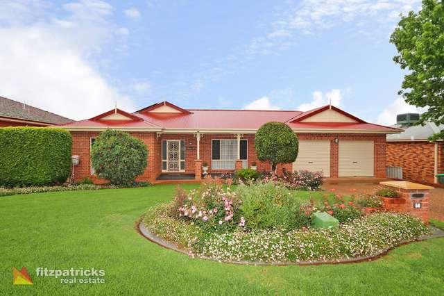 58 Henwood Avenue, Kooringal NSW 2650