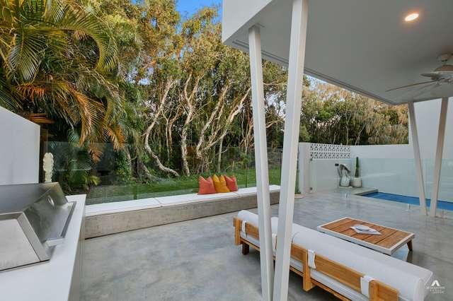 Residence One/165 Oceanic Drive, Warana QLD 4575