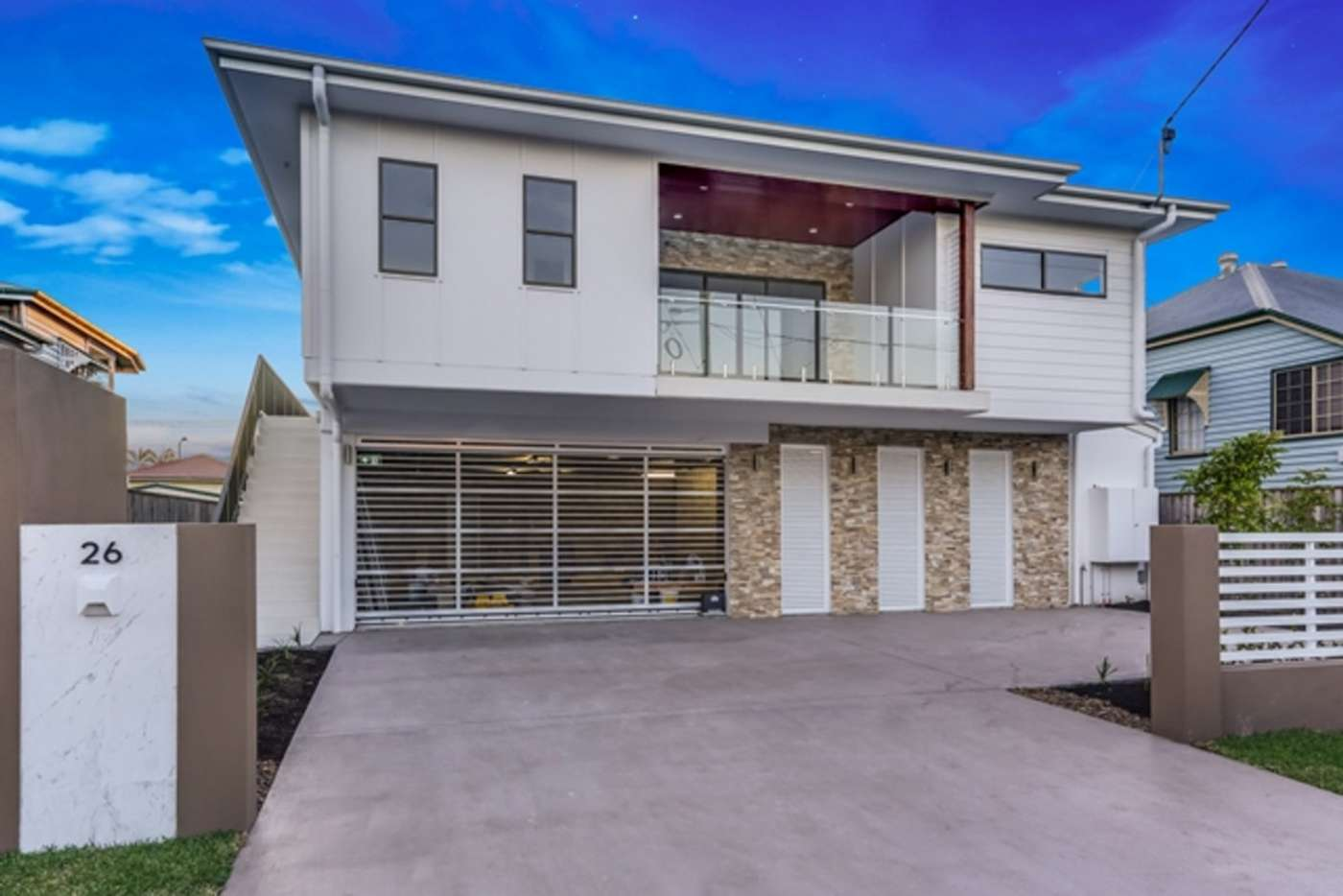 Main view of Homely unit listing, 2/26 Winchester Street, Hamilton QLD 4007