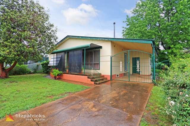 10 Montgomery Street, Ashmont NSW 2650