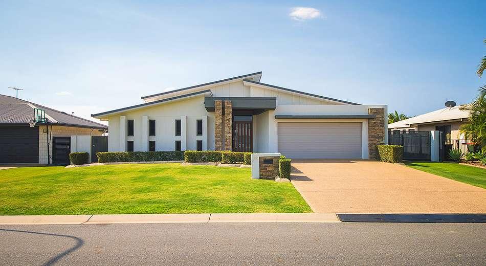 22 Tamarind Avenue, Norman Gardens QLD 4701